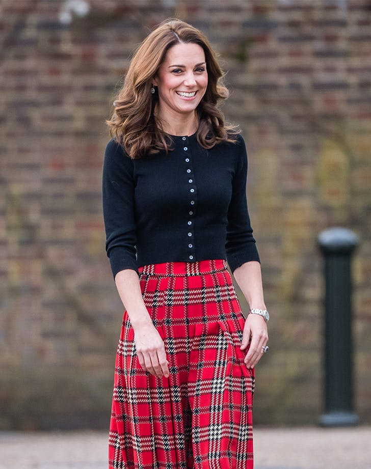 kate middleton in a cardigan