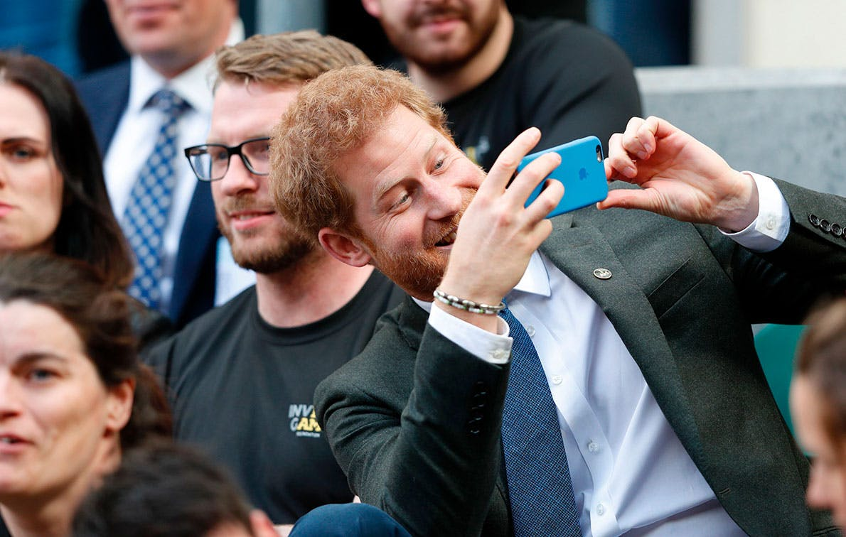 Harry, Meghan, Kate and William Reportedly Have a Fam Group Chat (and OMG, We Want In)