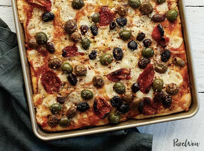 sheet pan pizza with olives