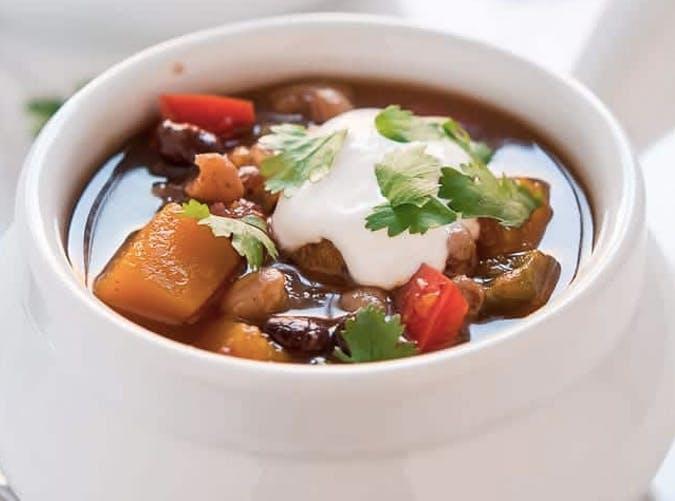 slow cooker vegan butternut squash chili