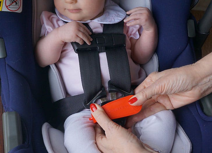 The 'UnBuckle Me Is the Gadget All Parents Need to Spring Their Kid from the Car Seat