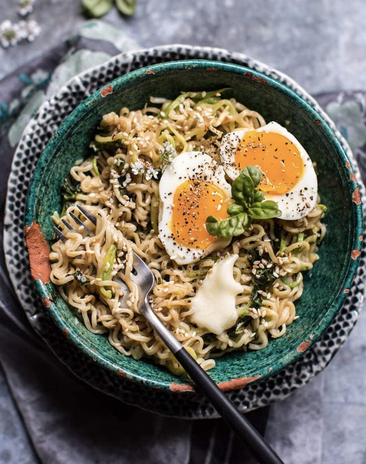 15 minute garlic butter ramen noodles recipe