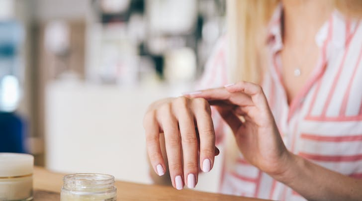 The Pros Have Spoken: This Is the Best Shape to Get If You Have Weak Nails
