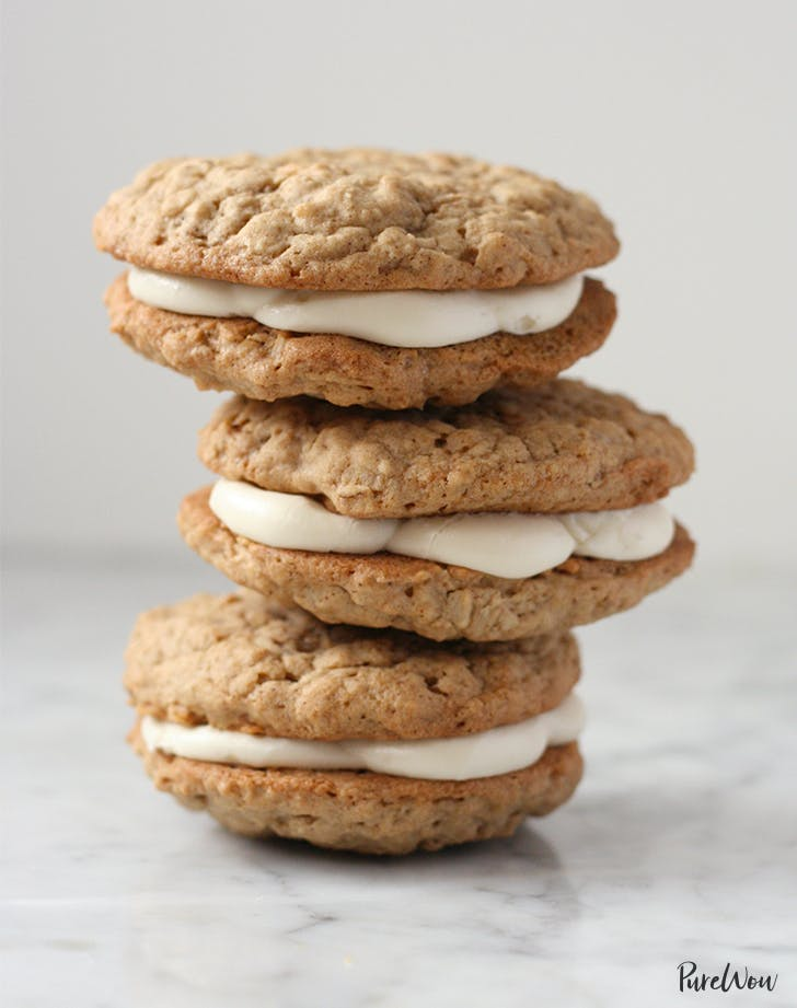 Oatmeal Cookie Cream Pies