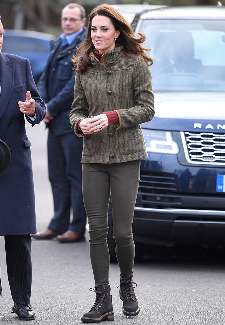kate middleton combat boots garden