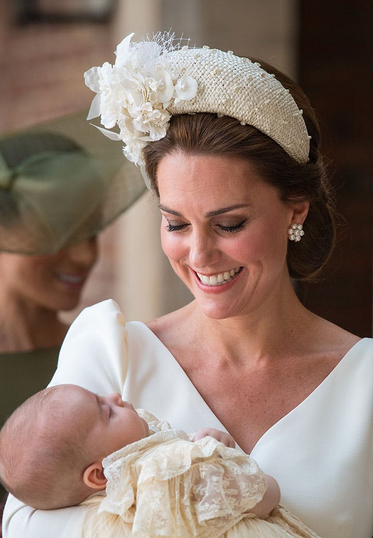 kate middleton hatband christening