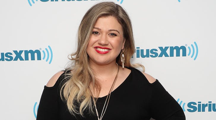 The 1 Thing Kelly Clarkson Is 'Afraid' Her Kids Will Do (Hint: Shes Guilty of It)