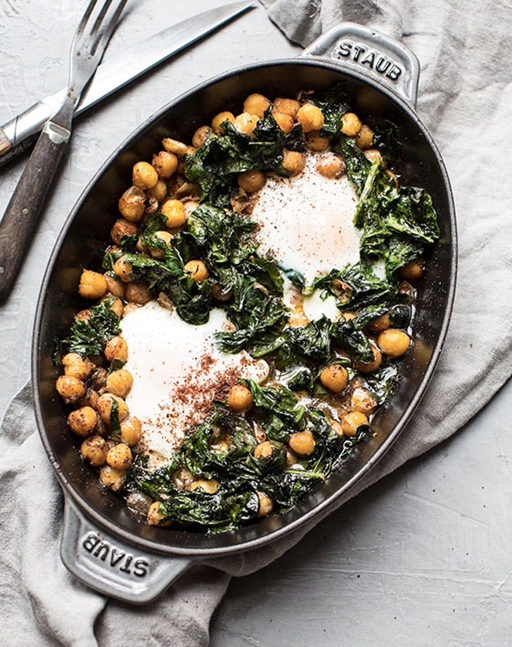 olive oil baked chickpeas egg and spinach with sumac recipe