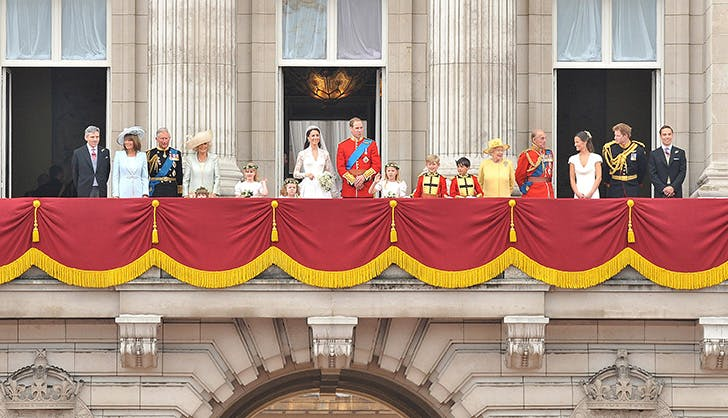 royal family standing on the balcony