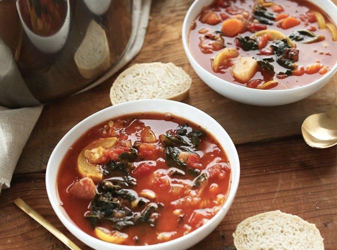 tomato vegetable white bean soup