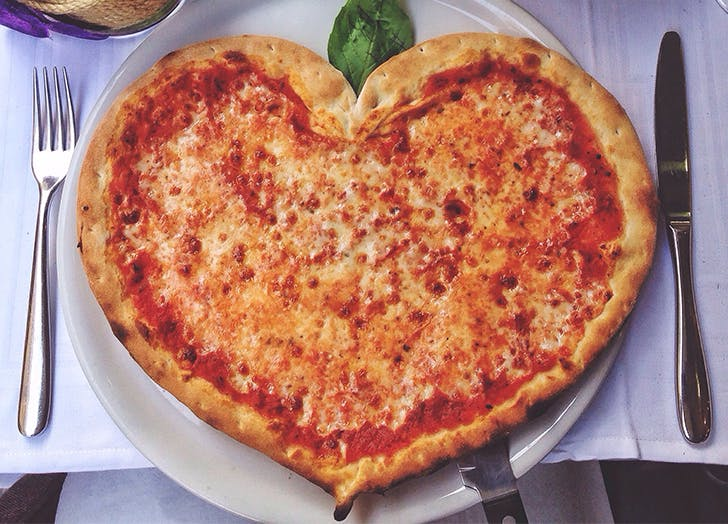 valentines day heart pizza