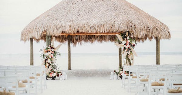 *Attn 2019 Brides*: Here Are the Year's Top Wedding Trends
