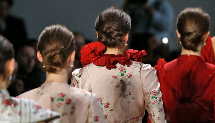 Here's Exactly How to Re-Create This Chic Chignon from the NYFW Runway