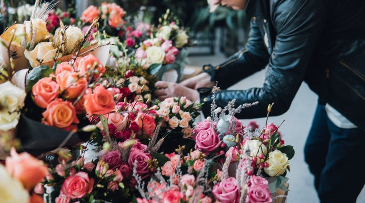 These Are the Best Places to Get Last-Minute Flowers for Valentine's Day (in Case You 'Forgot')