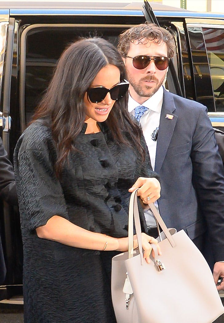 meghan markle protection officer sunglasses