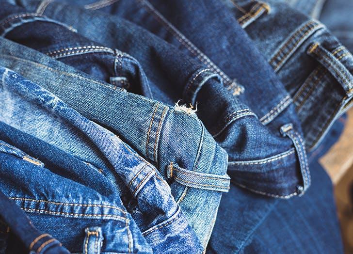 pile of levis jeans