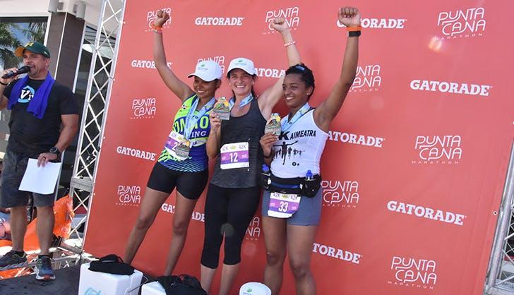 punta cana marathon runners