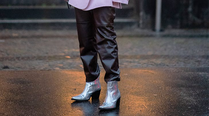 Im a Fashion Editor, and Heres the One Shoe Trend I Still Cant Get on Board With