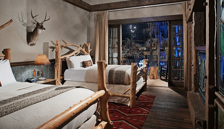 Big Cypress Lodge in Memphis Tennessee