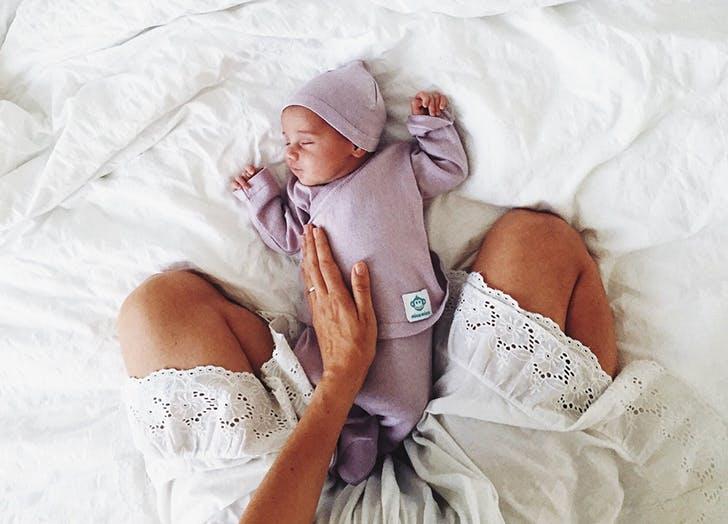 9 Sleep Training Methods For Babies Explained Purewow