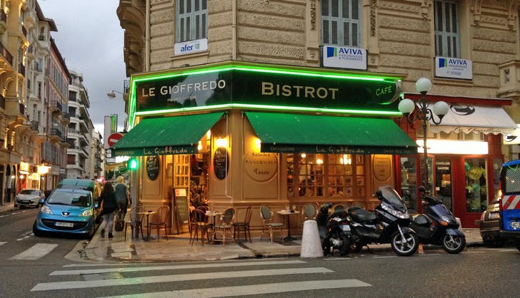a bistrot in france