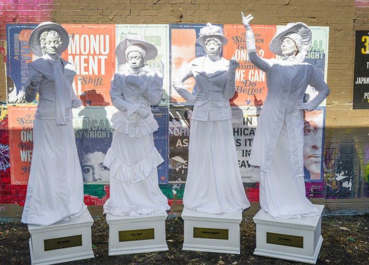 chiacgo the women statues