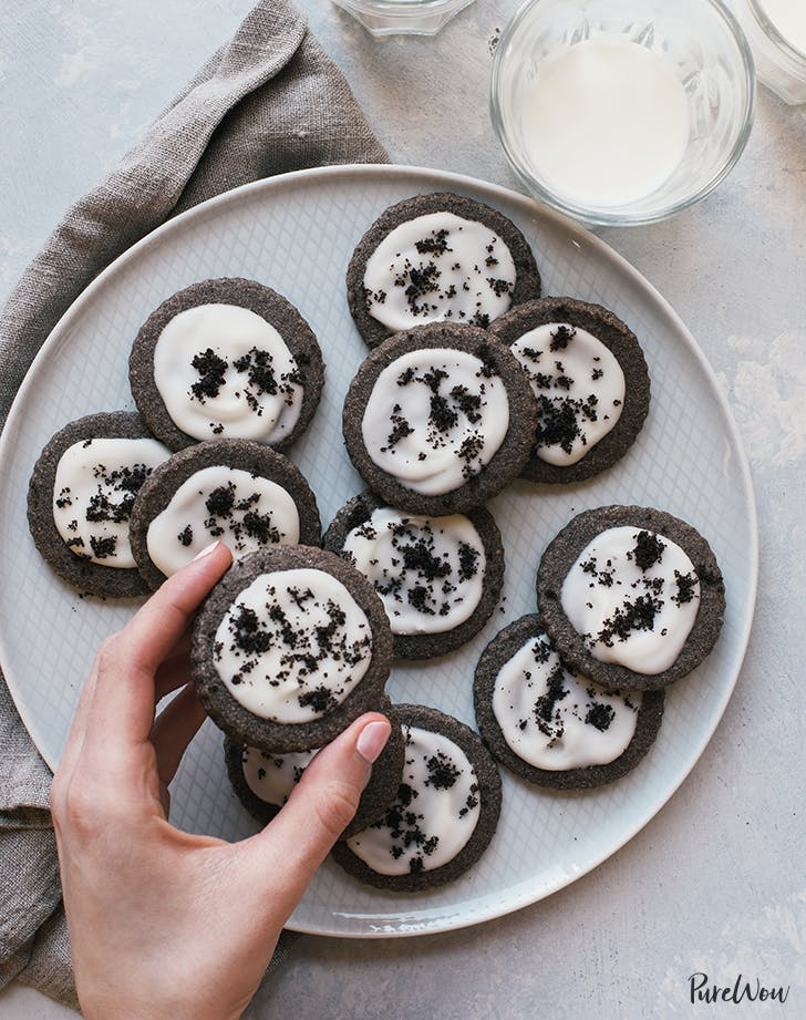 Cookies-and-Cream Shortbread Cookies