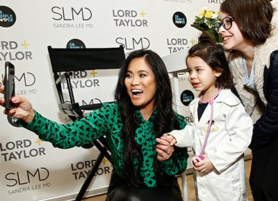 What Dr Pimple Popper Can Teach Us About Empathy Purewow