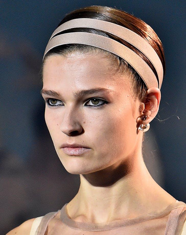 headband at dior  1