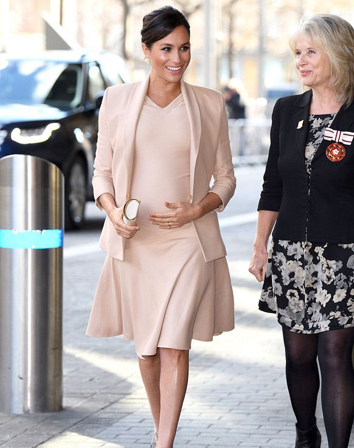 meghan markle blush outfit1