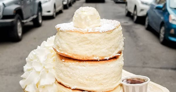 Japanese Soufflé Pancakes Are the Latest NYC Food Trend to Get Obsessed With