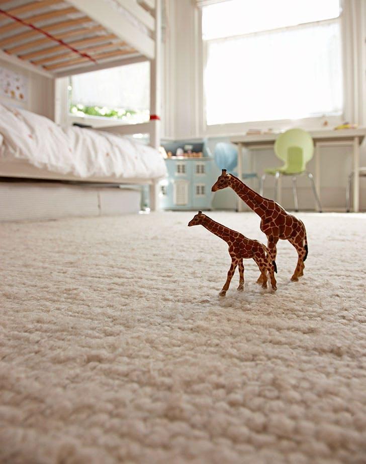 white carpeting in kids room 728