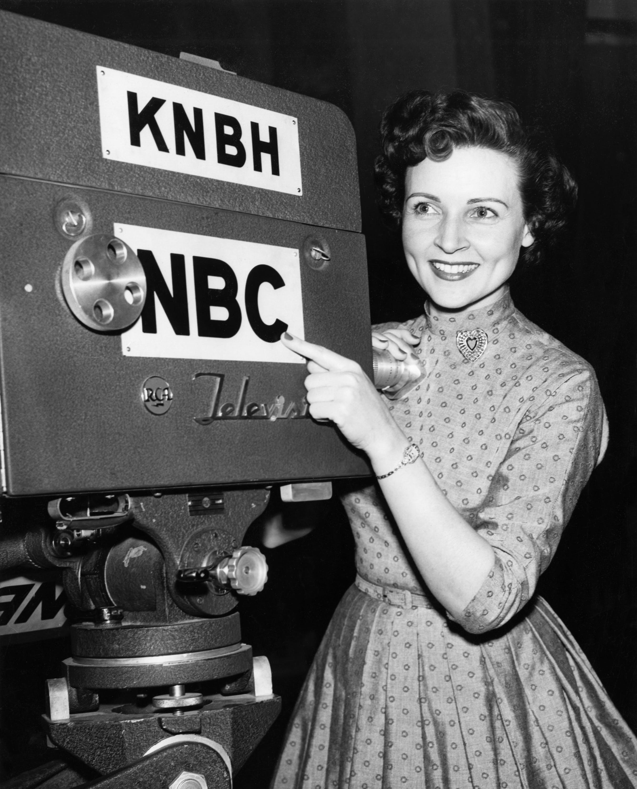 Betty White 1954 working for NBC  age 32