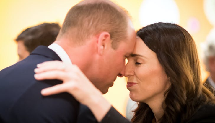 Prince William and Prime Minister of New Zealand hongi
