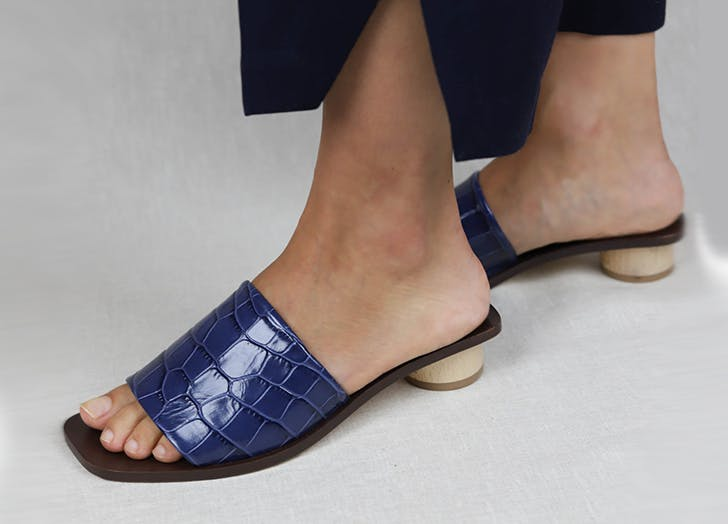 blue croc slides from loq
