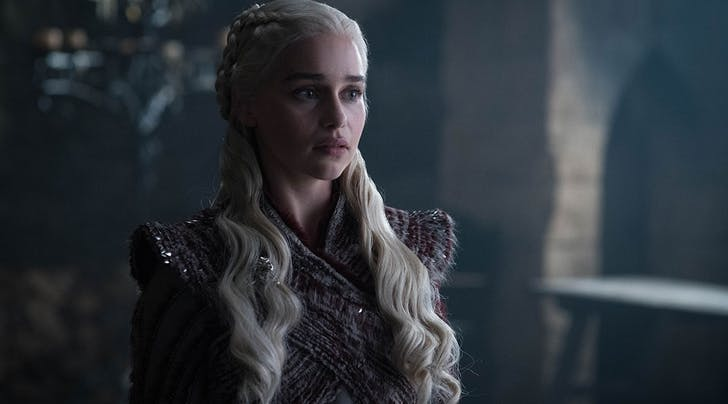 Emilia Clarke Just Revealed Danys Reaction to Finding Out Shes Related to Jon Snow