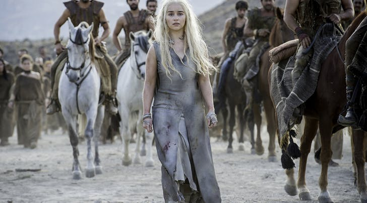 Here's Why 'GoT' Star Emilia Clarke Doesn't Want Daenerys to Win the Iron Throne
