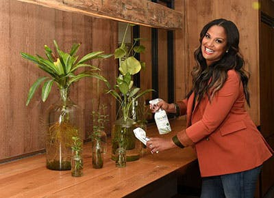 laila ali with cleaner 400