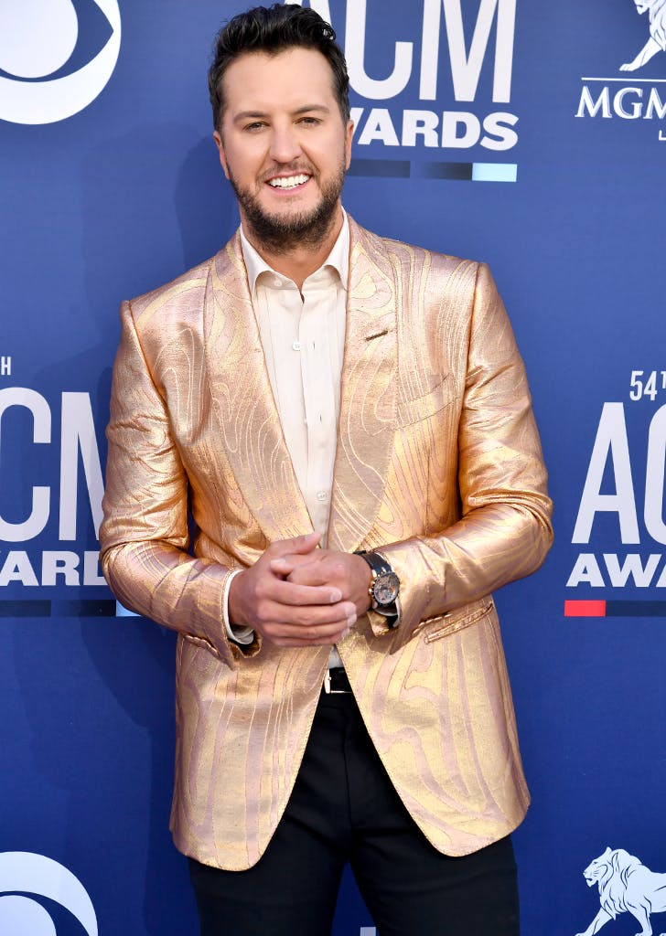 Luke Bryan's Gold Suit Stole the Show at the 2019 ACM Awards