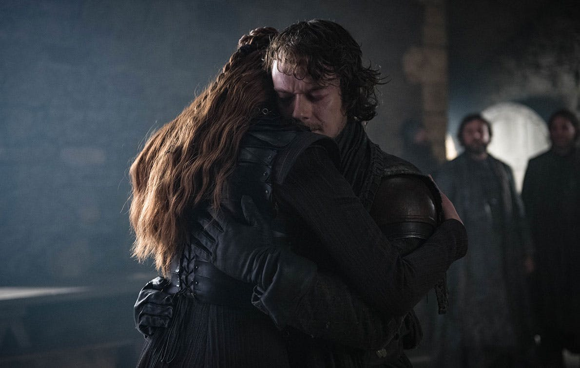 Not Sure About You, But I'm Shipping Sansa and Theon So Hard Right Now