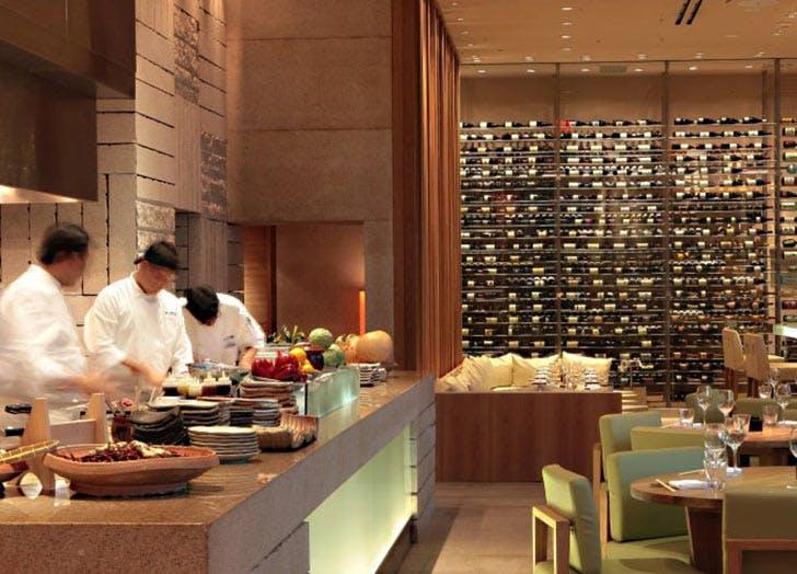 The 10 Best Japanese Restaurants in Miami - PureWow