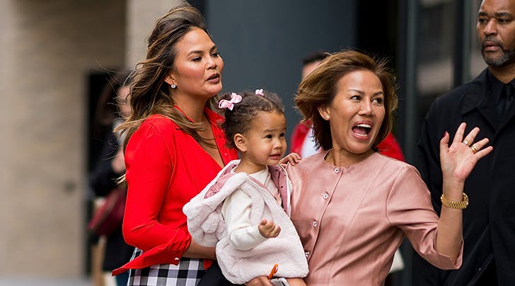 OMG: Chrissy Teigen and Her Mom Are Getting Their Own Show
