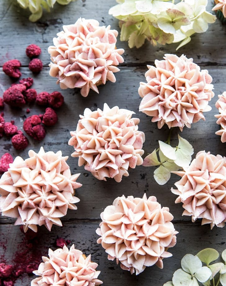 hydrangea flower carrot cake cupcakes recipe