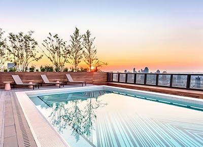 sentry rooftop pool nyc 400