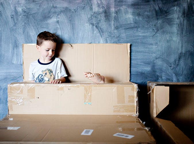 summer things to do with kids build a fort