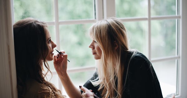 This Is the One Beauty Mistake that Makes Celebrity Makeup Artist Michelle Radow Cringe