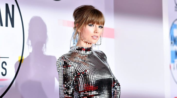 There Will Be a Clothing Line to Accompany Taylor Swift's New Album 'Lover'
