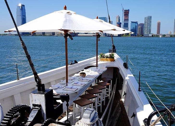 boat bar nyc grand banks