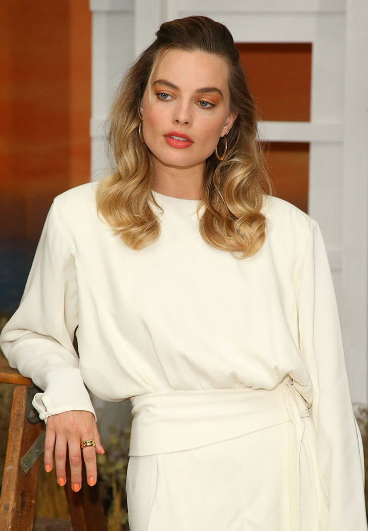 Margot Robbie Just Debuted the Trendiest Mani for Summer