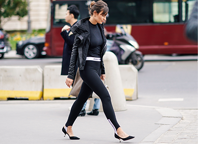 The Best and Worst Tops to Wear With Leggings , PureWow